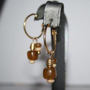 Beautiful vintage gold hoop dangle earrings